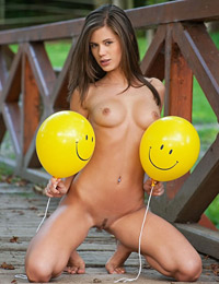 Model caprice in smiley
