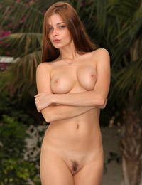 Model angelina b in welcome to the south